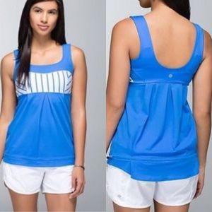 Lululemon Elevate Tank Top Pipe Dream Blue Stripe